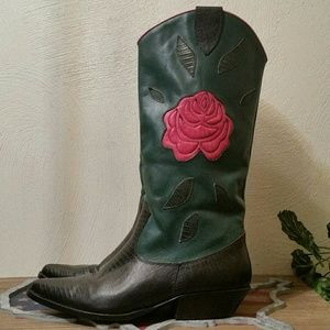 Nine West Brazilian Leather Floral Cowboy boots, 9